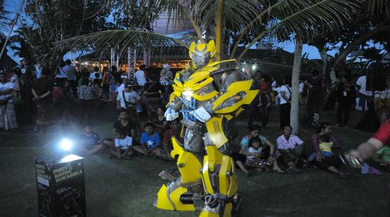 Selfie Spot and Cosplay, The Most Favorite Item at Tanah Lot Art & Culture Weekend Event